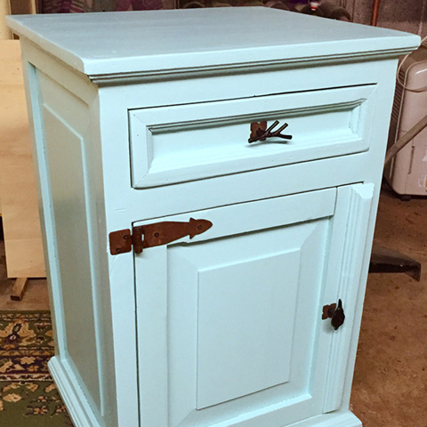 Rescued Wares » Talk about good bones! Robin was quite the find. Some scrubbing, a lovely blue coat of paint, and gorgeous pulls brought it all home.